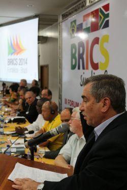 Ministro Gilberto Carvalho manifesta solidariedade às reivindicações do BRICS Sindical